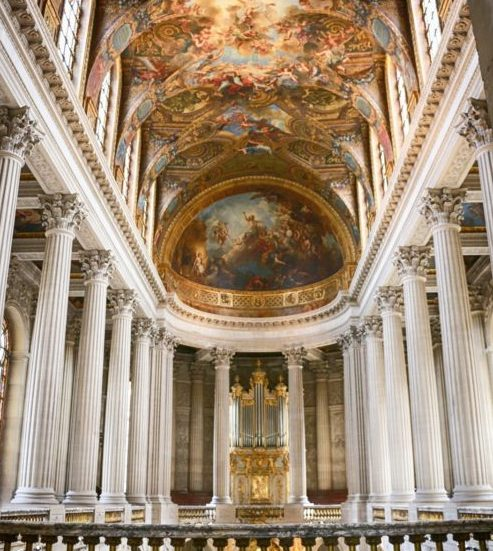 貴族を思わせる宮殿の画像